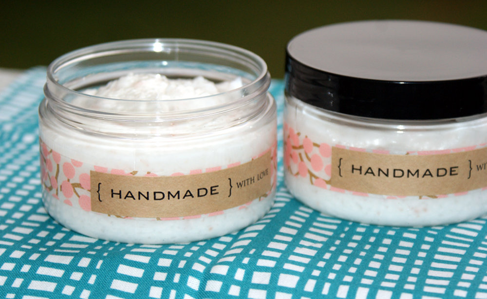 This DIY foaming salt scrub recipe combines the cleansing power of soap with the exfoliating and detoxifying properties of luxurious salts for a three in one product that cleanses, exfoliates and moisturizes all in one easy step. Learn how to make this homemade skin care recipe now at Soap Deli News for DIY gifts!