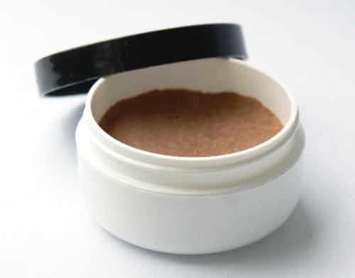 Natural Beauty DIY - Translucent Pressed Powder Recipe