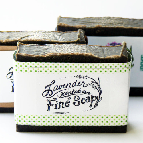 Natural Handmade Cold Process Soap Recipe - Lavender and Tea Tree Soap with Activated Charcoal and Algae