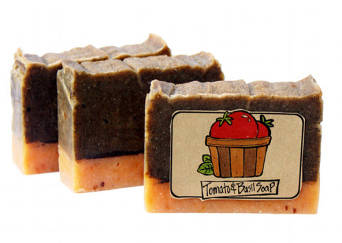 Natural Homemade Tomato Soap Recipe with Printable Labels! Do more with overripe tomatoes than using them up spaghetti sauce recipes or in canning. Make them into soap instead! Craft your own tomato infused skin care with my natural homemade tomato soap recipe with basil essential oil!