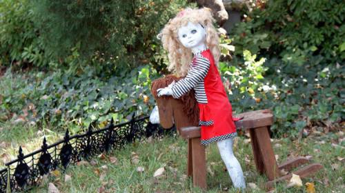 DIY Halloween Decorations - Creepy Painted Doll Playing on a Wooden Horse