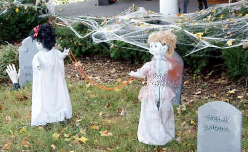 DIY Halloween Decorations - Creepy Painted Dolls Playing in a Graveyard