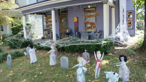creepy diy halloween decorations spiderwebs tombstones and ghastly creepy dolls - Do It Yourself Halloween Decorations For The Yard