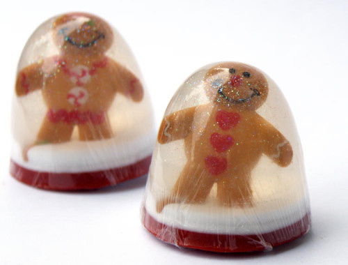 Homemade Stocking Stuffer Gift Idea for Christmas - DIY Gingerbread Man Snow Globe Soap