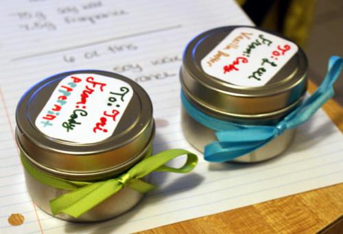 DIY Handmade Soy Candles - Homemade Christmas Gift Idea