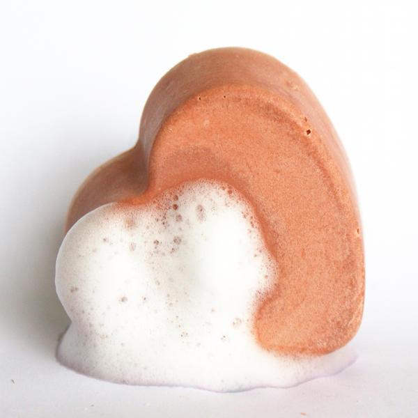 Handmade Heart Shaped Valentine S Day Soap Recipe