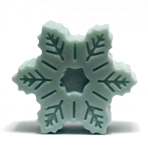 DIY Winter Wedding Favor Gift Idea - Homemade DIY Snowflake Solid Lotion Bar Recipe