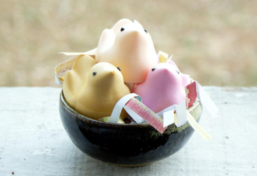 Homemade Easter Peeps Soaps - DIY Soapmaking Tutorial and Easter Basket Gift Idea