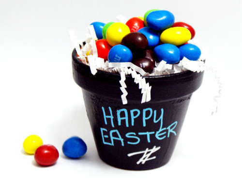 DIY Easter Chalkboard Pots - Go from Easter basket to plant pots once the holiday is over!