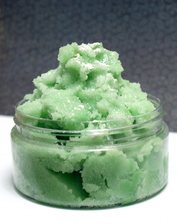 http://soapdelinews.com/2013/11/natural-homemade-yogurt-soap-recipe.html