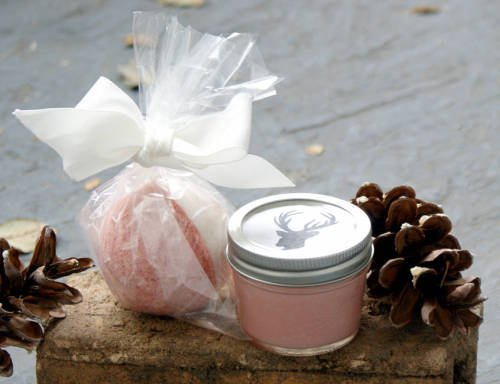 This homemade cranberry body butter recipes makes a wonderful homemade Christmas gift idea!