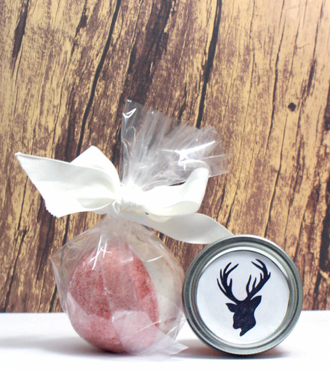 This homemade cranberry body butter recipe makes a wonderful homemade Christmas gift idea!