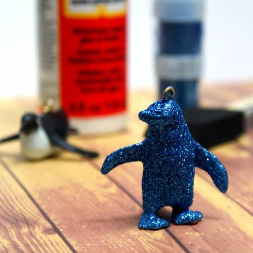 DIY Penguin Christmas Ornaments