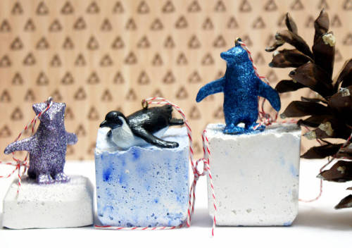 Learn how to make these cute DIY Penguin Christmas Ornaments for your Christmas tree this year! Step by step tutorial the entire family can join in on.