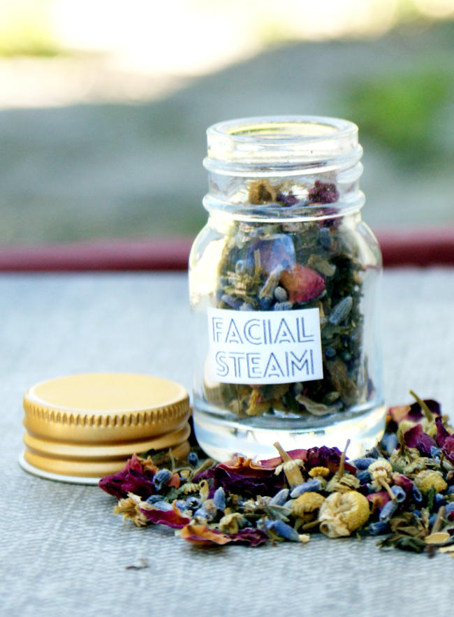 This DIY herbal facial steam is so easy to make and it's a great way to naturally reduce acne breakouts, boost circulation and remove toxins. These also make great DIY wedding favors and bridesmaid gifts as well as homemade stocking stuffers.