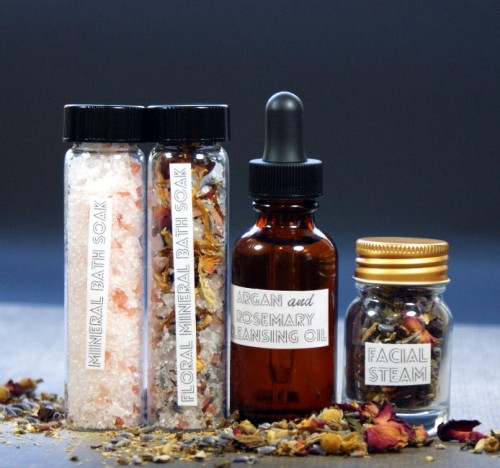 This easy Argan and Rosemary Facial Cleansing Oil Recipe requires just two ingredients but delivers incredible results! It's especially great for maturing skin as it can help to prevent wrinkles. Plus it doubles as a moisturizer!