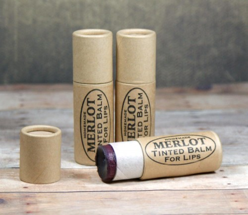 Essential Oils Natural Lip Balm Recipe - For Less Than 50¢ Each. Feed your lip balm addiction with this simple natural lip balm recipe with organic essential oils. You'll love how much money you can save just by making your own natural lip balms!