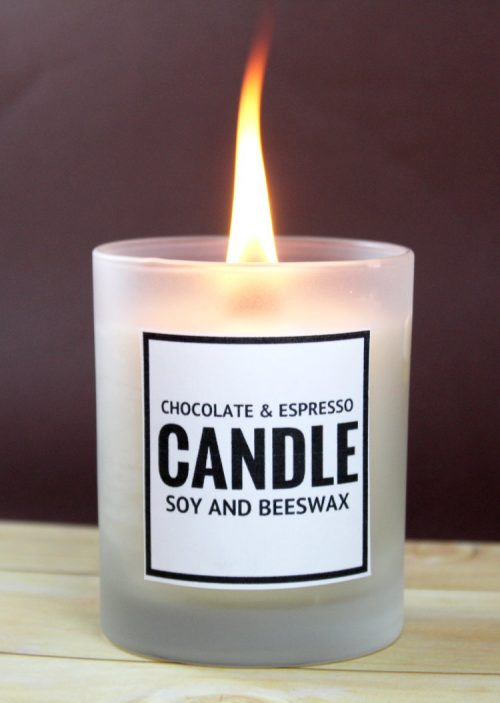 Learn how to make this chocolate and espresso scented DIY soy and beeswax candle - plus two more candle recipes! - to give as gifts this holiday season! There are even free printable labels to make gifting even easier! These are great gifts for teachers, coworkers and friends!