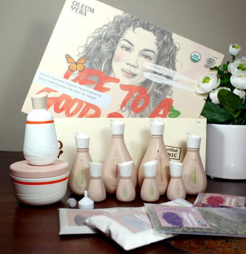 DIY Beauty Kits from Oleum Vera // Oleum Vera® takes inspiration from bountiful nature to create products that empower consumers to reclaim their beauty regimen, using fresh ingredients from their pantry and fridge, natural clays, and organic butters and oils.