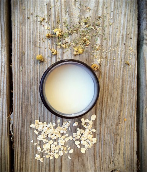 Wild Earth Apothecary's Handmade Chamomile Oat Body Butter! This hydrating body butter is crafted by first infusing sweet almond oil with organic oats and organic dried chamomile flowers. The infused oil is then blended with shea butter until it's light and creamy.