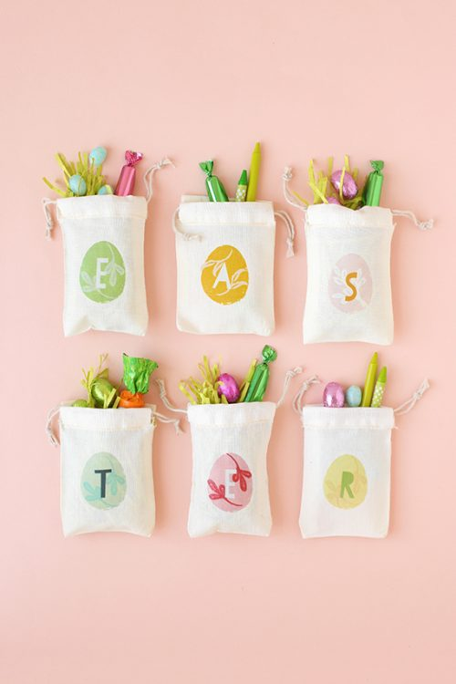 Add a note of personalization to your Easter basket fillers with these monogrammed treat bags (there's a free printable!) at julep.