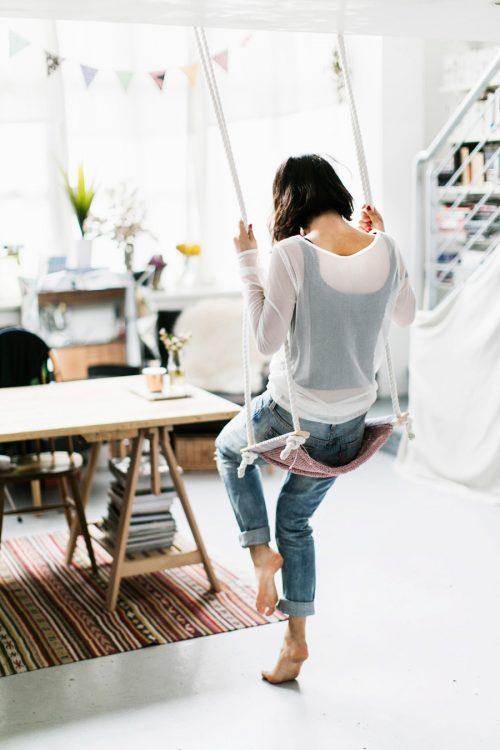 DIY Knit Swing via Park & Cube blog!