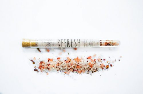 These test tube bath salts from Shore Soaps are perfectly packaged for gifting as wedding or bridesmaid favors!