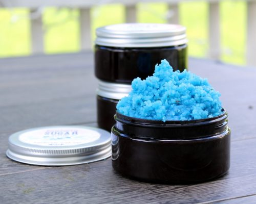 Homemade sugar scrub recipes. Learn how to make your own homemade sugar scrub recipes for the body. These easy sugar scrub recipes are perfect for your natural skin care routine. Or learn how to make these homemade sugar scrub recipes to give as handmade gifts to friends and family throughout the year!