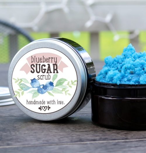 This homemade blueberry sugar scrub recipe with tea seed oil is perfect for summer! Not only does this summer blueberry sugar scrub gently exfoliate and moisturize skin to keep it looking healthy all season long, but it smells simply amazing! Plus free printable labels for gifting!