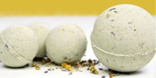 Natural Vegan Bath Bombs! Do you love natural vegan skin care products? Then these natural vegan bath bombs with lavender and chamomile may be right up your alley! Made using all natural vegan ingredients, these natural vegan bath bombs are perfect for a long relaxing soak in the tub!