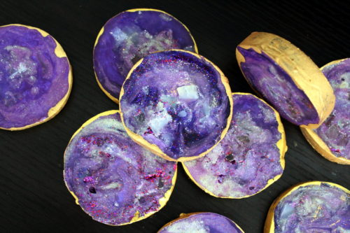 Learn how to create beautiful DIY agate slice soaps quickly and easily with this fun soapmaking tutorial without having to create a soap geode first!