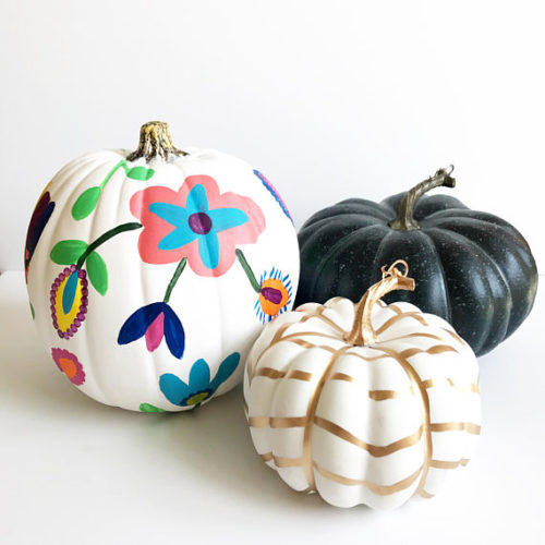 No Carve Pumpkin Ideas! Floral Painted Pumpkin from Coloring Home Design! Add some flair to your fall decor with this hand painted craft pumpkin. Use it as a centerpiece or place it on your mantel or side table to decorate your space for fall.