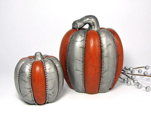 No Carve Pumpkin Ideas! Elegant Silver Fall Pumpkins from The Holiday Corner. Why not add something really unique to your fall decorations this year with this set of silver and orange ceramic pumpkins? They are sure to make a stylish addition to your fall tablescape or home decor!