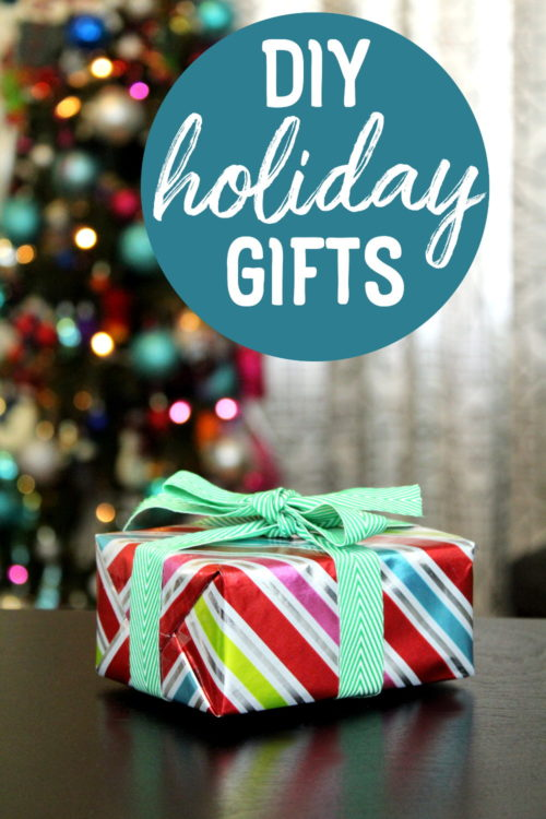 DIY Holiday Gifts That Look Store Bought! Give the gift of handmade this Christmas with these unique DIY holiday gift ideas that everyone on your list will love! #diy #gifts #giftideas #holidays #holidaygifts #christmas #christmasgifts #diygifts #crafts #diygiftideas #handmade
