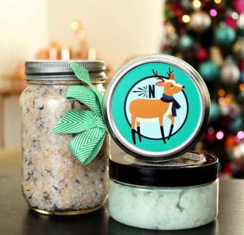 Easy Homemade Holiday Gift Idea for DIY Lavender Bath Salts! Save money and personalize your holiday gift giving this year with these easy homemade holiday gifts with personalized sticker labels from StickerYou! #diy #homemade #gift #giftideas #holidays #personalized #diygifts #homemadegifts #ad