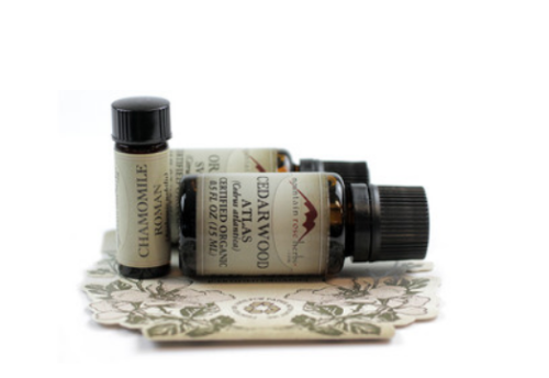 Essential Oil Skin Care Recipes! Get started using essential oils in your own homemade skin care products with a classic essential oil kit from Mountain Rose Herbs. Mountain Rose Herbs offers high quality, organic essential oils that you can trust in all of your natural skin care recipes.