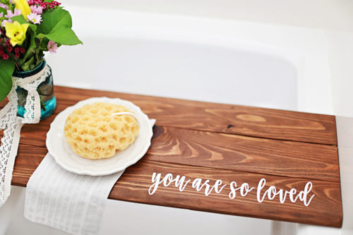 DIY Valentine's Day Gifts! Learn how to craft this beautiful wooden, personalized DIY bathtub tray via The First Cut blog to give as DIY Valentine's Day gift or DIY Galentine's Day gift this year! #valentines #valentinesdaygift #diy #gifts #giftideas #crafts