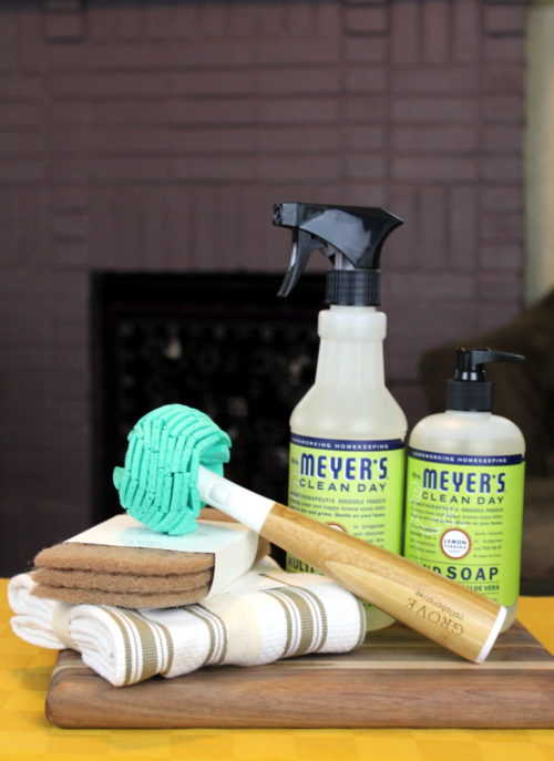 Looking for more affordable, convenient and natural ways to clean your home? Then you must check outGrove Collaborative! I recently became a member and have been super impressed with their service, natural products selections, prices and shipping times. Plus their products help to make it easier for families to make the switch to healthy, non-toxic home and personal care products