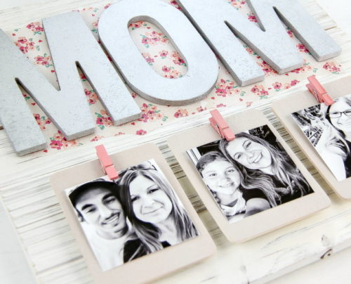 One of the best DIY Mother's Day gifts, this creative DIY pallet picture frame from 5 Minutes for Mom is sure to make Mom's day extra special! This DIY Mother's Day pallet picture frame can be customized for any number of children and is a great way to showcase those special moments spent together!