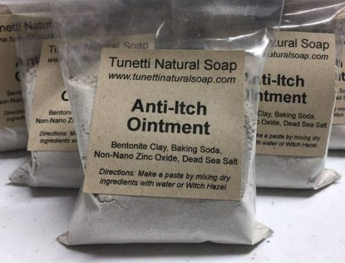 Natural anti-itch ointment from Tunetti Natural Soap. Formulated with bentonite clay, baking soda, non-nano zinc oxide and Dead sea salt, this effectively stops itching caused by chigger and mosquito bites as well as poison ivy, poison oak and poison sumac. Simply mix the dry ingredients with water or witch hazel for a simple, natural home remedy.