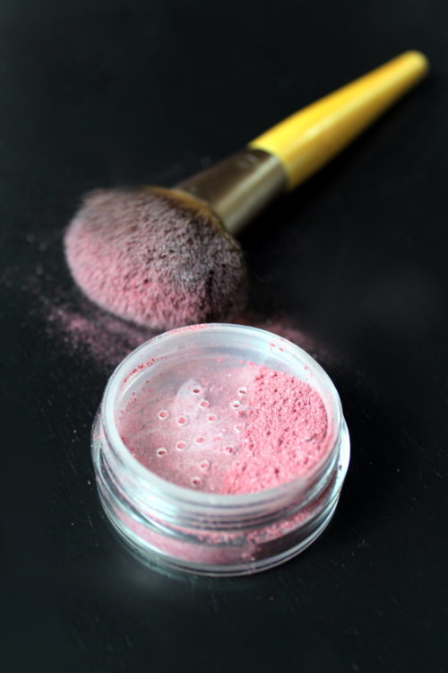 Natural Homemade Beauty Recipes. Rather than being a single recipe, this post highlights five natural homemade beauty recipes that you can make with ingredients from your kitchen. Using ingredients like turmeric, beet root powder, coconut oil, aloe vera leaf juice and activated charcoal you can make a variety of homemade beauty recipes to fit into your natural self care beauty regimen. Create your own charcoal face mask, natural blush powder, acne treatment stick, hydrating facial mist and a 2-in-1 lip & blush beauty stick.