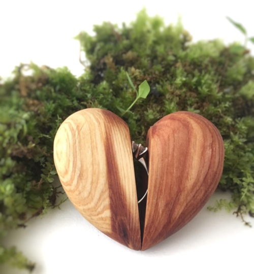 This stunning handcrafted heart shaped ring jewelry box from Splintered Thought is perfect for handmade holidays gifts and a unique way to propose prior to a wedding engagement.