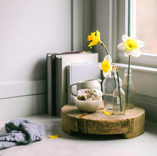 Best cleaning hacks for spring. Eco friendly homemaking tips and tricks for your home this spring.