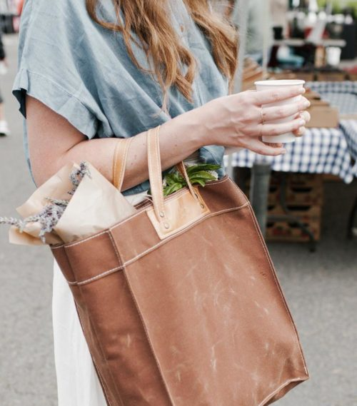 Eco friendly reusable waxed shopping bag for your zero waste lifestyle. I love this durable waxed market bag from Thread and Canvas Co. in Seattle. It's perfect for grocery store trips as swell as those seasonal trips to the farmers market.