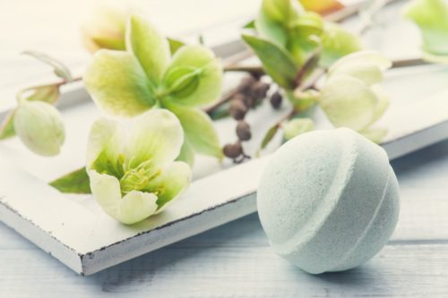 DIY shower steamers with eucalyptus essential oils. How to make a natural cold relief remedy for your morning shower to clear nasal passages and ease congestion.