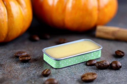 Pumpkin spice latte lip balm recipe with ginger essential oil for natural fall skin care. Use ginger essential oil to create a pumpkin spice essential oil blend for this pumpkin spice latte lip balm recipe. Best ginger essential oil beauty benefits for your natural skin care routine.