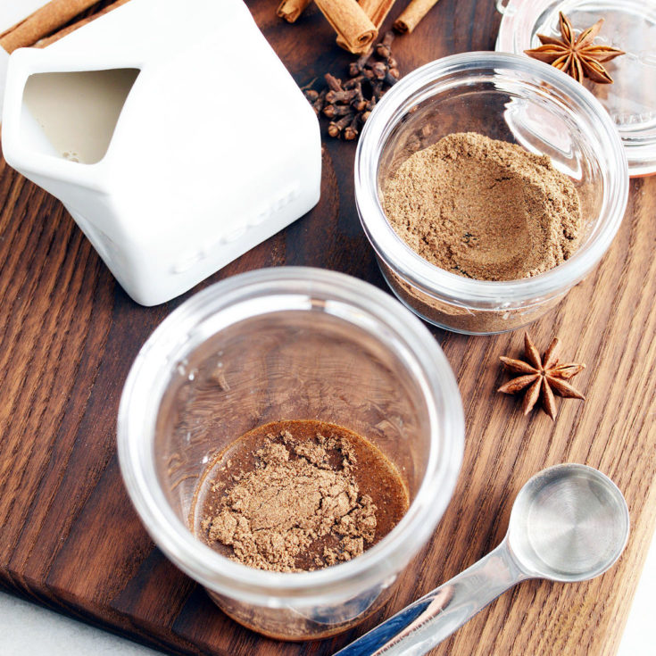 Vanilla Chai Tea Recipe (A Spice Mix for Lattes)