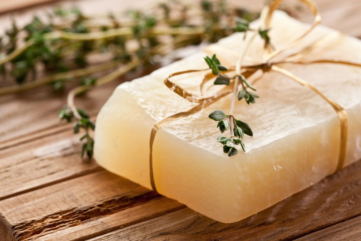 How to make melt and pour soaps the right way using natural ingredients and essential oils.