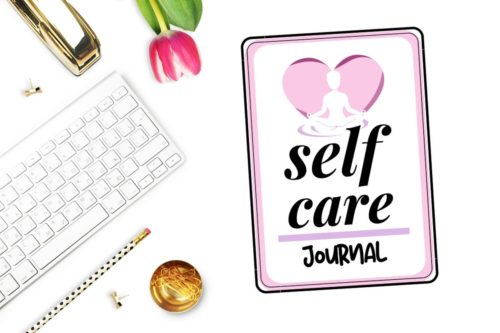 Free printable self care journal. Learn how to make a self care journal to set your healthy resolutions for the New Year with these free printable self care journal pages that are all about self care! This printable self care journal contains inspirational blank journal pages for writing down your thoughts and dreams, as well as pages for setting goals, healthy food recipes, skin care recipes and face mask recipes that fit your skin type each season.