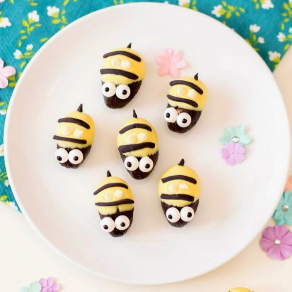 Oreo Cookie Truffles with Cream Cheese: Bumblebee Variations. Shaped like bumblebees, this no bake Oreo cookie truffles recipe with cream cheese & white chocolate makes a fun addition to any spring event or party.